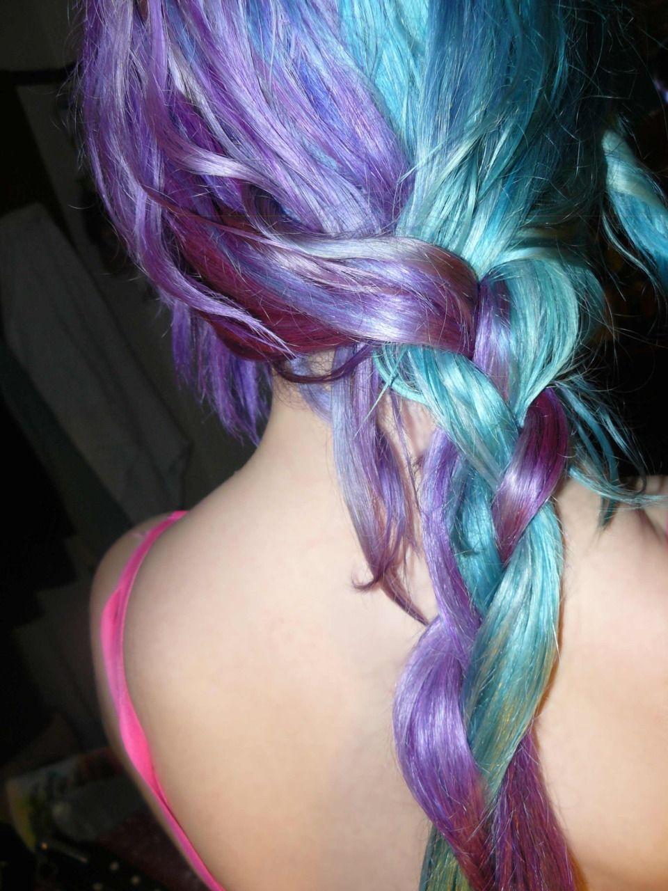 Порно с девушками необычных цветов волос 11